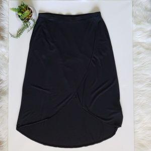 GAP beautiful black skirt size M